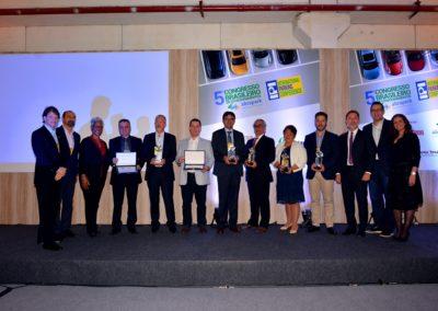 Vencedores do Prêmio TOP Abrapark 2016 com representantes da Diretoria da Abrapark e IPI