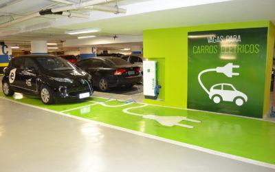Senado aprova projeto de lei para pontos de recarga de carros elétricos