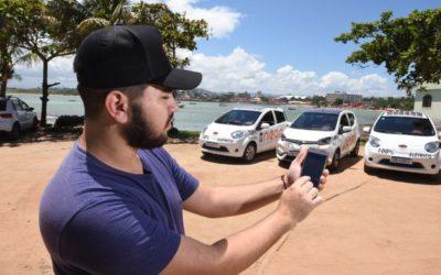 Capixaba lucra no verão com aluguel de carros elétricos